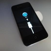 กู้ข้อมูล iPhone ที่ติด Recovery Mode ฟ้องให้ต่อ usb